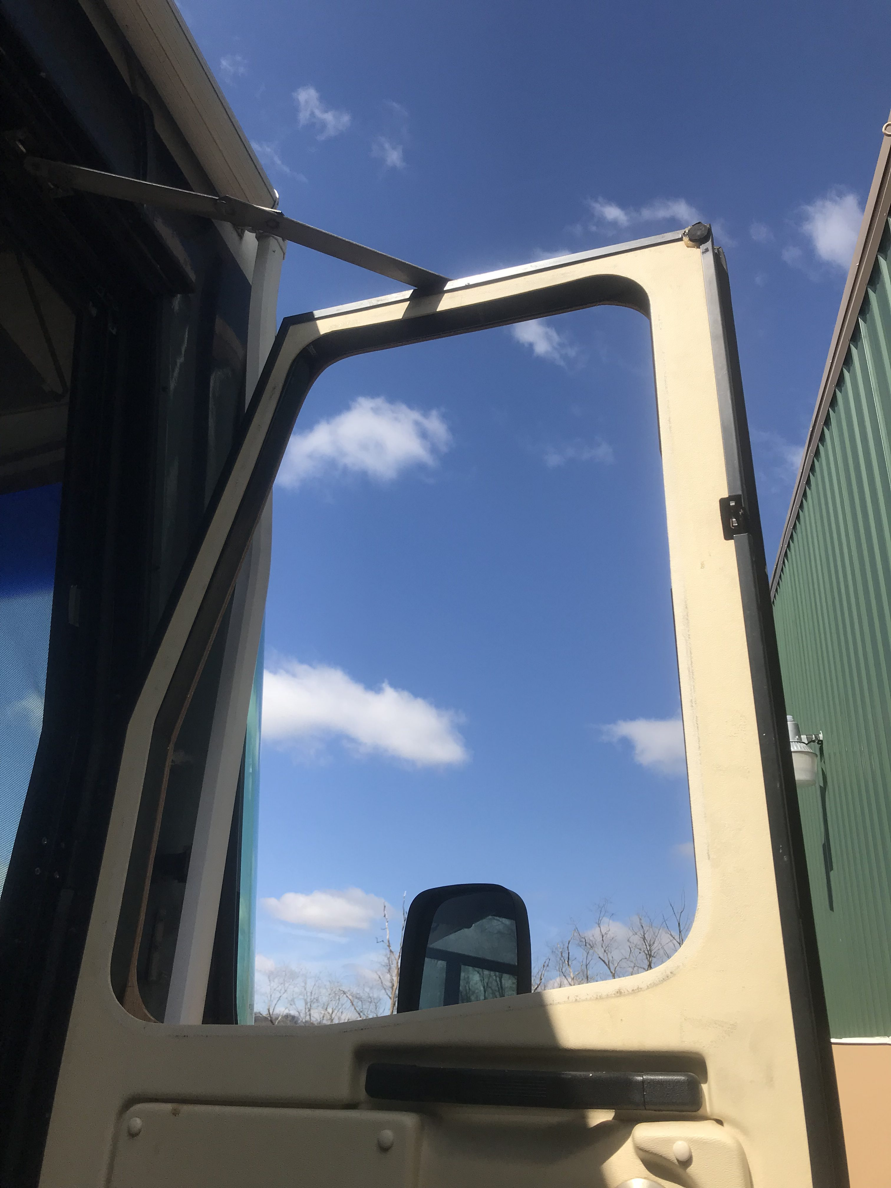 Rv Side Window Replacement Xtreme Autoglass Pros Pittsburgh